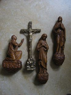 Superbly carved wooden crucifix group, large format - 19th/early 20th century - Western Europe