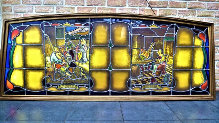 Large stained glass window with lighting - signed Hubertine van Vlodrop - 1960 - Belgium