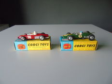 Corgi Toys - Scale 1/43 - Lot Ferrari F1 GP and  Lotus Climax F1 No.154 and 155