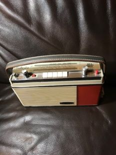 Optalix Dolores Model - all transistor radio from 1965