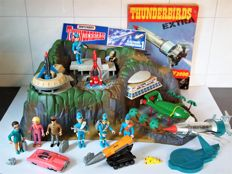 Thunderbirds Collection Matchbox Tracy Island 1992 and Features
