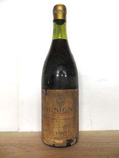 1957 Musigny Vieilles Vignes Comte Georges de Vogüé - Caves Nicolas stamp and cap x 1 bottle