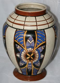 AMC  - Art Deco vase