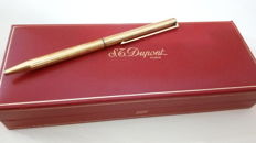 S.T. Dupont, Paris - ballpoint pen - in 925 solid silver (hallmarked), and gold plated