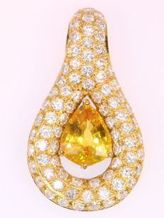 Stunning pendant with diamonds and one big natural yellow sapphire (with certificate)
