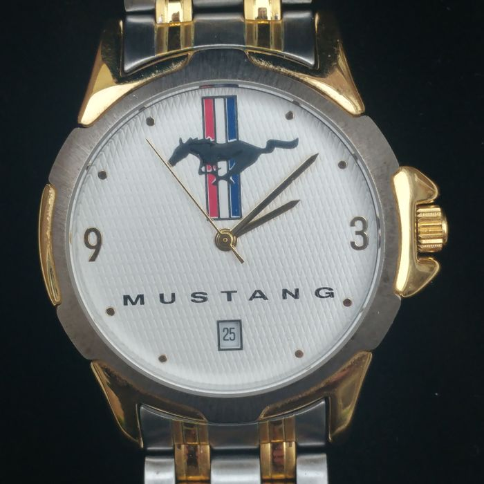 FORD MUSTANG RUNNING PONY - Gent's wristwatch - early 1990s USA