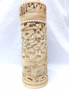 A, rather big, extremely fine engraved Cantonese ivory container - China - end of 19th century.