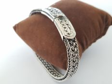 Solid 925 Silver braided bracelet with floral motif - length 21 cm