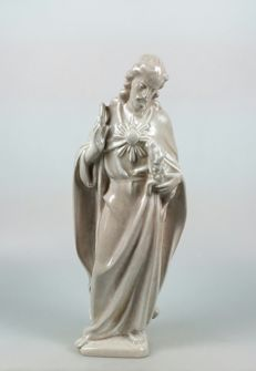 Unknown designer for the company J.H. van Wees - Plateelbakkerij Zuid-Holland - Standing Christ - Art Deco earthenware sculpture.