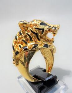 Signed KENNETH JAY LANE - Huge gold plated Tiger statement Ring with Austrian Crystals