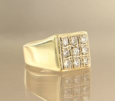 14 kt yellow gold ring, set with 9 brilliant cut diamonds of approx. 0.45 ct in total, ring size 16.5 (52)