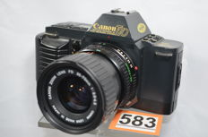 Beautiful Canon T70 camera with 35-70 mm 3.5/4.5 zoom lens by Canon