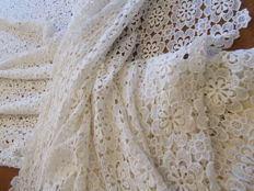 A large curtain entirely in lace, vintage.