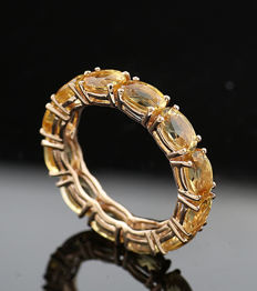 Eternity ring with citrine - total of 5.50 ct in 750/18 karat yellow gold - ring size: 55 - no reserve price -