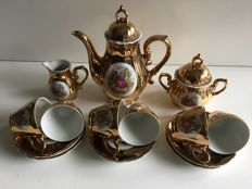 Versailles - 17 piece mocca tea set 24 carat gold - porcelain
