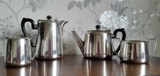 Lot 722 Nice lot of four pieces, heavy English silver plated tea set, marked by Fratelli Barkerin, origin England 1950s