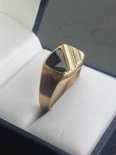 585/1000 14k Diamand and Onyx vintage ring, No Reserve price