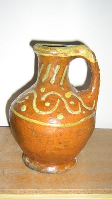 Ring-eared Oil Jug with rich slip decoration - 175 mm