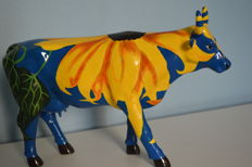 Cow Parade -  Sunflower  - No longer available in the current collection (retired).