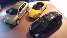 UT Models / Maisto - Scale 1/18 - Lot with 3 models: Porsche Cayenne Turbo, Porsche Boxter S, & Porsche 911 Targa
