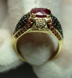 Gold Ring - 5.56 gr. with Ruby 2.32 ct.  IGI Certificate , Diamonds - 1.00 ct. total , size 56 ***NO RESERVE PRICE***