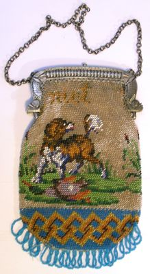 Beaded bag with a silver bracket and jasseron chain - 1840