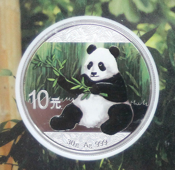 China - 10 yuan 2017 'Panda' colour - 30 g silver