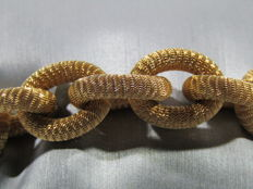 Beautiful and unusual women's bracelet in 18 kt gold. Total length 20 cm, total weight 28.9 g