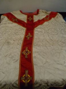 Old Silk, late 19th - early 20th chasuble