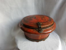 Painted wood market (lunch) box - China - 19th century