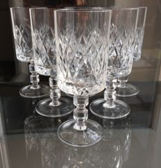 Lot of 6 hand-cut fine crystal wine/water glasses