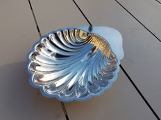 Christofle / Fleuron de France, Scallop shell dish or bowl, 1970