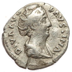Roman Empire - AR denarius  - Faustina Major - Aeternitas (RIC 346) - 18 mm 2,63 g)