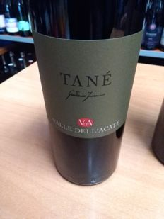 2013 Valle dell'acate Tané x 3 bottles -  2006 Valle dell'acate Tané  x 2 bottles - 2005 Valle dell'acate Tané x 1 bottle - Nero d'Avolla - Sicilia / 6 bottles in total