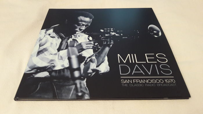 Miles Davis - Set of 6 LP Album (incl. two Double LP Set ) and a 4 LP Box. All together 12 LPs  (143)