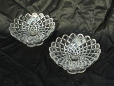 Three beautiful crystal Fruit coupes _ Art Déco style, BACCARAT Crystal — model a diamond Carrés — around 1930
