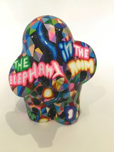 """Pariz One - """"The Elephant In The Room"""""""