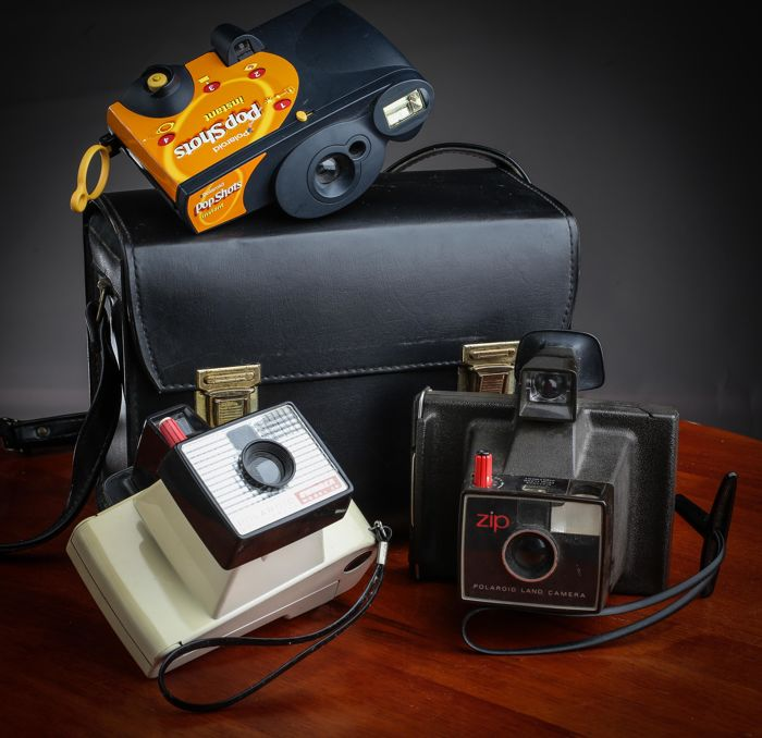 Polaroid Land Camera ZIP , Swinger 20 & Pop Shots  (lot of 3 cameras) + 1 case