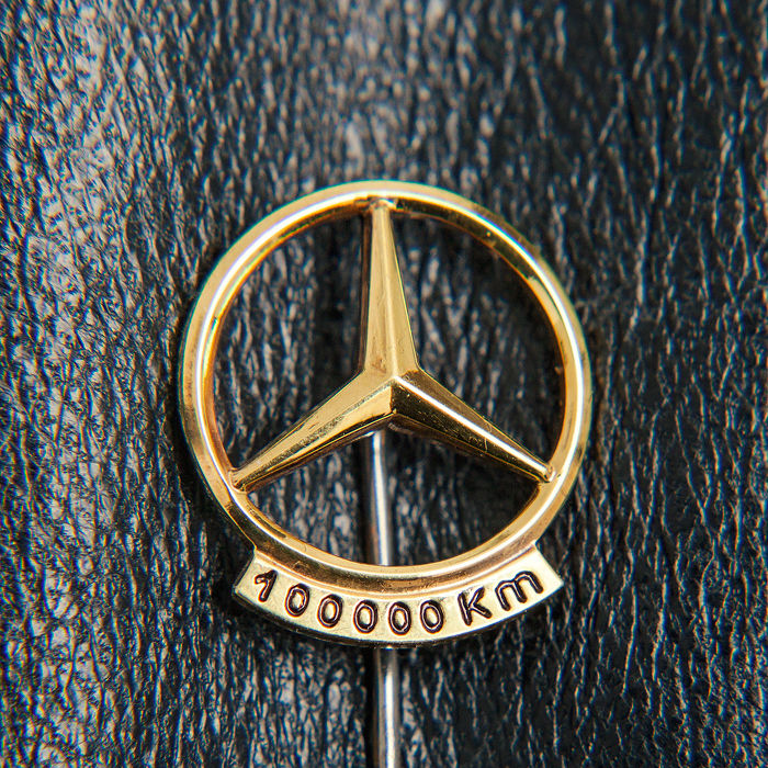 Old Mercedes Benz 100.000 Km Pin / Brooch 835 Silver / 18k Gold Plated - * No Reserve Price *