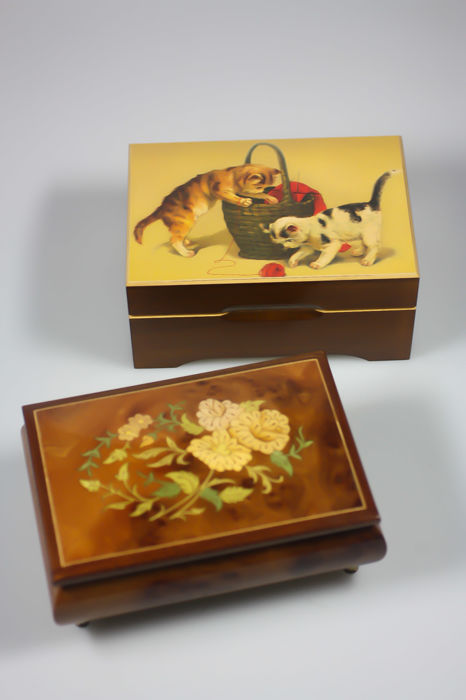 Sorrento inlaid music box wooden jewellery box Romance Reuge Cats Jobin