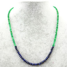 Sapphire & Emerald necklace with 18 kt (750/1000) gold clasp, length 50cm