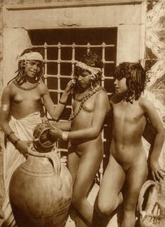 Lehnert & Landrock (both born 1878) - Bedouin Women in Tunis