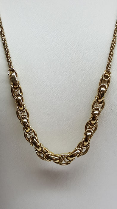 14 kt gold Byzantine link necklace, gold. Approx. 40.5 cm