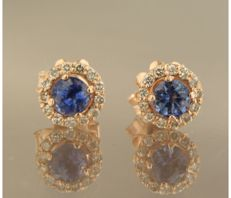 14 kt rose gold ear studs set with brilliant cut sapphire and diamond, in total approx. 0.20 carat, diameter: 6.9 mm wide