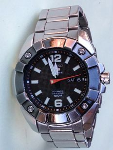 Seiko 5 Sports 7S36 03L0 23 jewel Automatic, day/date window, glass see through case back, Men's Wristwatch c.1990s