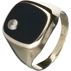 14 kt yellow gold men's signet ring set with onyx and zirconia - Ring size: 21 mm. - NO RESERVE