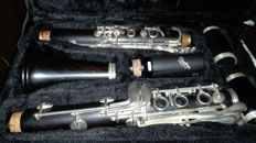 B-CLARINET BY COMET
