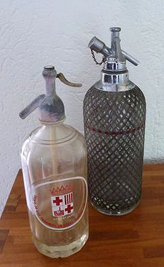 Two Siphons, Spain/England, 1960s