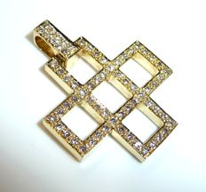 Exceptional cross as pendant made of 18 kt/750 gold with 70 diamonds G/VVS-IF 0.67 ct, length 26 mm including eyelet, width 21 mm, thickness 2.5 mm