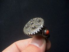 Rare large decorated Byzantine/Eastern Orthodox silver ring - Eastern Europe-16th/17th century